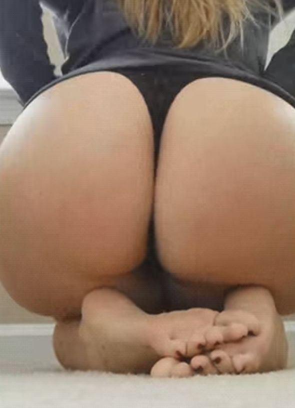 Sexy Feet And Ass Pics